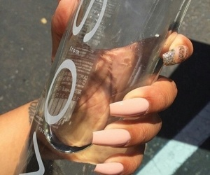 nails and voss image