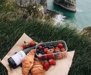 food, strawberry, and wine image