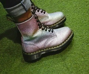 aesthetic, alternative, and dr martens image