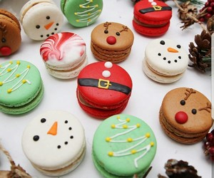 christmas, food, and ‎macarons image