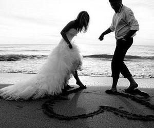 love, wedding, and beach image