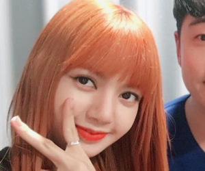 lisa, yg entertainment, and lalisa manoban image