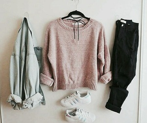 girl fashion style, accessories tumblr, and rose gold pink image