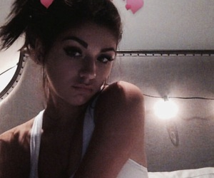 girl, theme, and andrea russett image