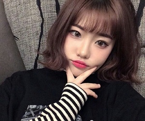 girl, ulzzang, and korean image