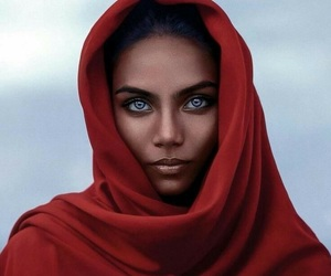 beautiful, eastern, and woman image