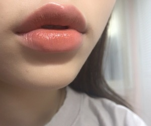lips, aesthetic, and makeup image
