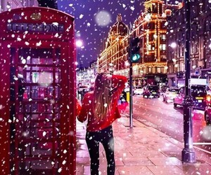 beauty, london, and snow image