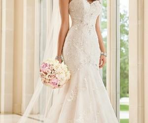 beautiful, strass, and wedding image