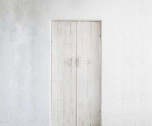 door and white image