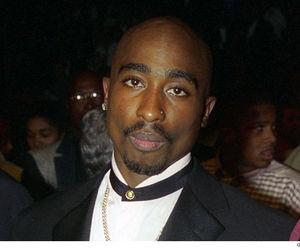 tupac and those eyes image