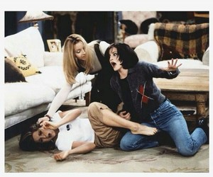 appartment, courtney cox, and fun image