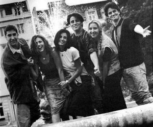 90's, fountain, and rachel image