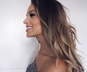 beautiful, girl, and beauty blogger image