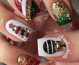 christmas, manicure+pretty hands, and stylish+stylust+look image