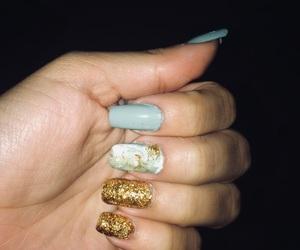 girly, glitter nails, and uñas image