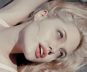 Angelina Jolie, blonde, and lips image