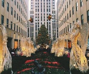 big city, Christmas time, and merry christmas image