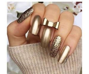 gold, nails, and nail art image
