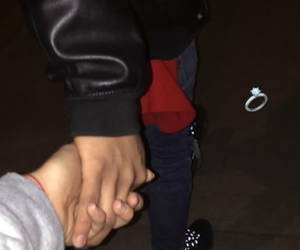 holding hands lovers bae image