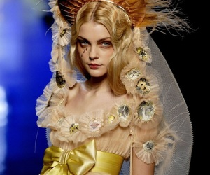 Jean Paul Gaultier, Jessica Stam, and model image