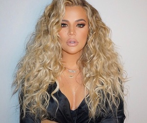 beautiful, celebrities, and curly image