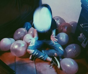aesthetic, arctic monkeys, and balloons image