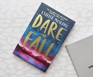 books, estelle maskame, and dare to fall image