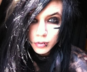 black, blue eyes, and andy sixx image