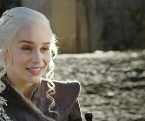 game of thrones, mother of dragons, and daenerys image