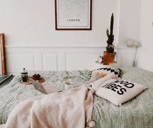 decor, bedroom, and blanket image
