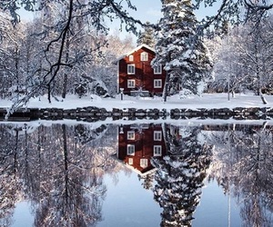beautiful, home, and snow image