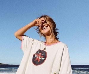 beach and tshirt image