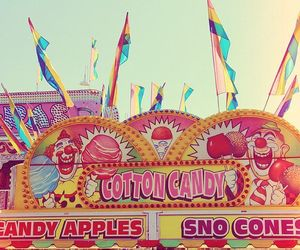 aesthetic, candy apples, and carnival image