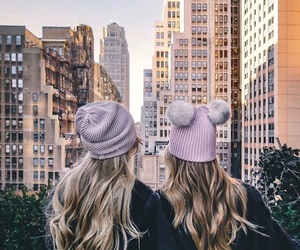 blonde, newyork, and friends image
