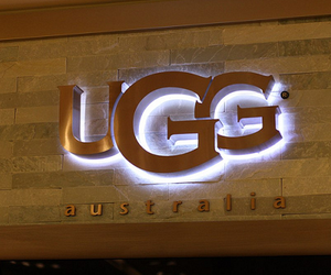 store and ugg image