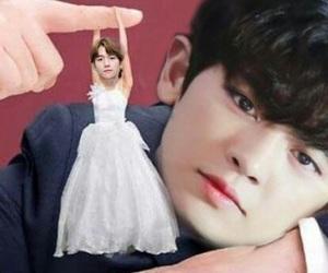 exo, byun baekhyun, and exo reactions image