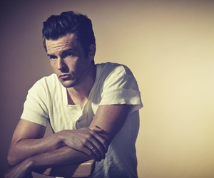 beautiful, brandon flowers, and thekillers image