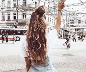 girl, hair, and starbucks image