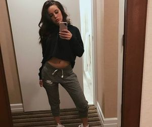 bea miller, style, and girls image