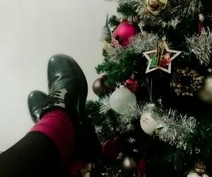 bianco, christmas, and scarpe image
