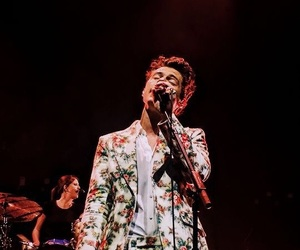 Harry Styles, singer, and style image