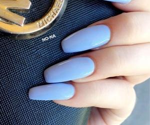 nails and 💙 image