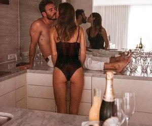 bathroom, kiss, and body image