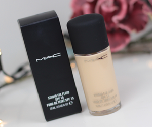 article, beauty, and Foundation image