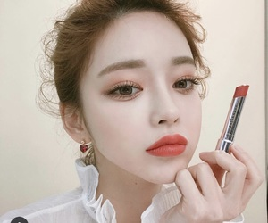 beauty, lipstick, and clothes image