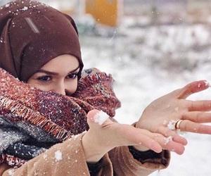 hijab, winter, and hijâbi image