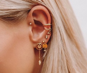 gold and earparty image