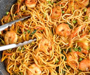 noodles and shrimp image