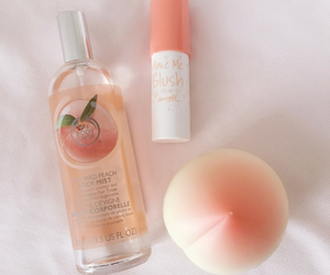 peach, aesthetic, and makeup image